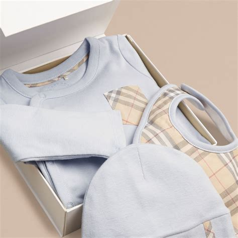 Baby Set check cotton three baby gift set in blue burberry