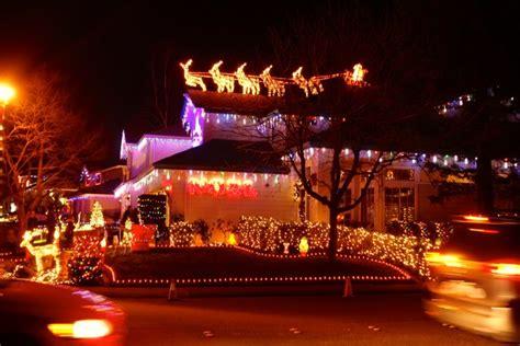 the christmas lights of pebble creek drive rocklin