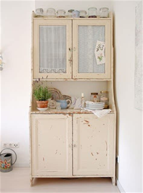 shabby chic kitchen furniture fauna decorativa muebles restaurados para la cocina
