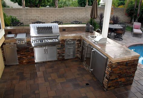 Small Outdoor Kitchen Design Ideas 28 Outside Nautical Kitchen Design Ideas With Pizza Oven