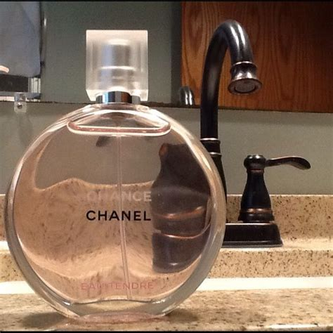 Parfum Channel Tendre Pink chanel chance eau tendre perfume d pink and bottle