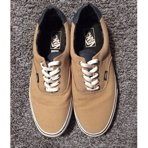 vans off the wall boat shoes 40 off vans other vans quot off the wall quot tan canvas skater