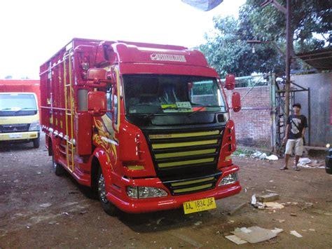 foto gambar mobil full variasi truk canter keren