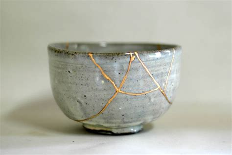 how to rejoin broken glass in the of repair kintsugi by david pike