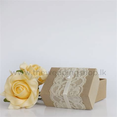 Gold Lace Wedding Cake Box