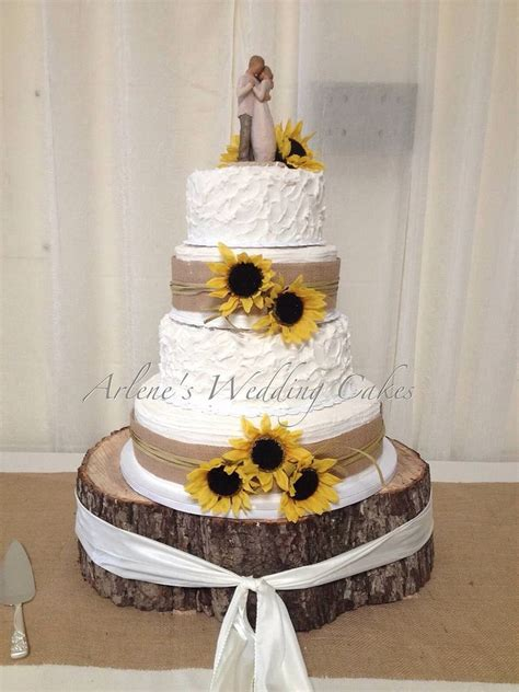 25  best ideas about Sunflower wedding cakes on Pinterest
