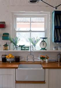 country cottage kitchen country cottage kitchen cozy kitchens