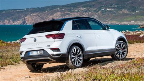wikici t roc 237 o volkswagen t roc suv review carbuyer