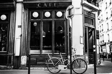 Architecture Lessons the paris clich 233 in black and white hecktic travels