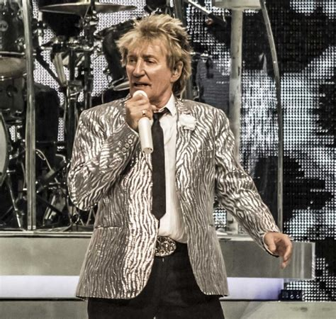 Rod Stewart 7 review rod stewart rod laver arena melbourne march 24 2015 australia s news