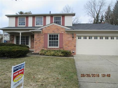 foreclosed homes in plymouth mi 46096 forestwood dr plymouth michigan 48170 foreclosed