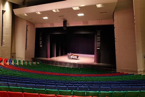 des moines civic center seating view des moines performing arts seating chart brokeasshome