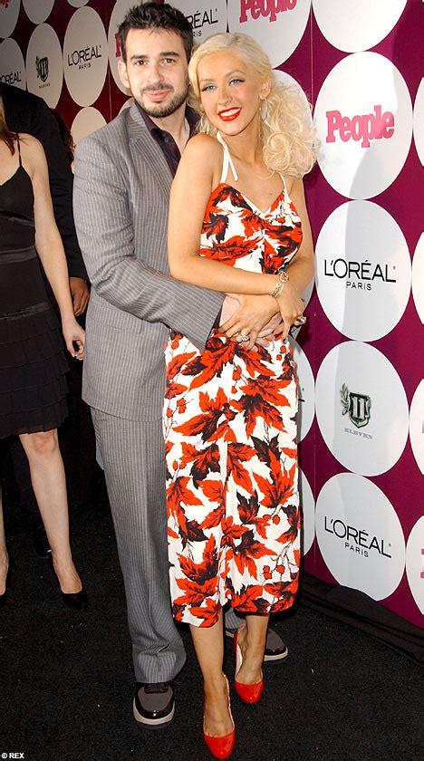 Aguilera Husband On Sundays by Cocoscene January 2008