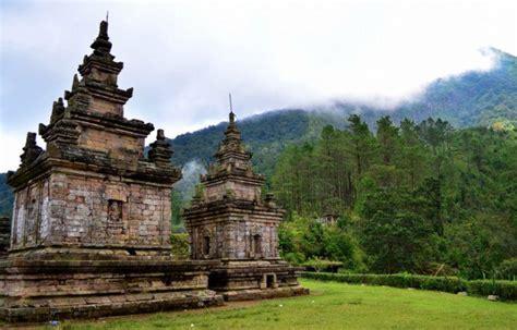 kerajaan kerajaan hindu di indonesia dan peninggalan 13 kerajaan hindu budha di indonesia beserta peninggalan