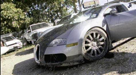 boat crash video aftermath bugatti veyron lagoon crash aftermath gallery photos 1