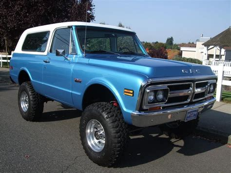 1972 gmc jimmy 1972 gmc jimmy blue with white top cars trucks 2