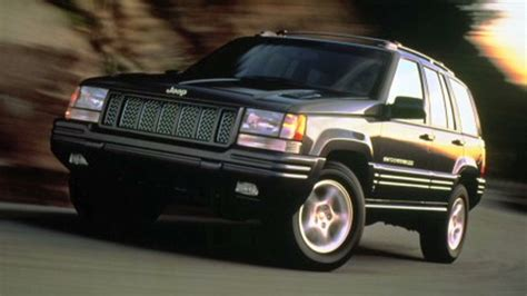 2003 Jeep Grand Recall Gas Tank Chrysler Relents Agrees To Recall 2 7 Million Jeeps