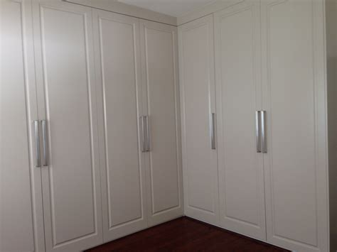 Wardrobe Doors Hinged by Wardrobe Hinged Doors Sydney