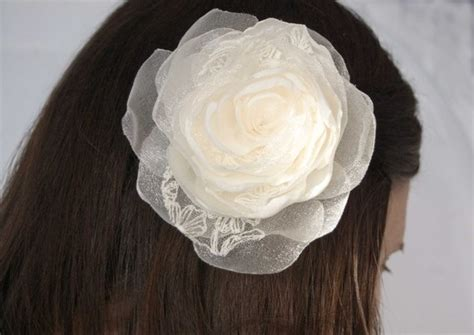 where to find a hair accessorie called a bump it for the crown of your head help pick my hair accessory weddingbee
