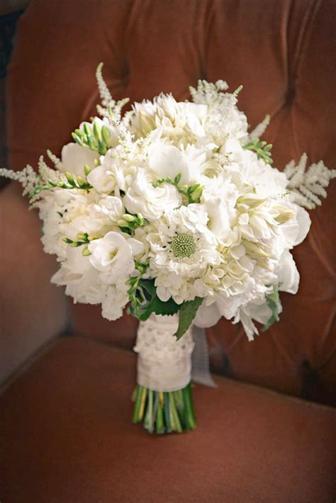 Pictures Of Wedding Flowers by Best 25 White Bridal Bouquets Ideas On