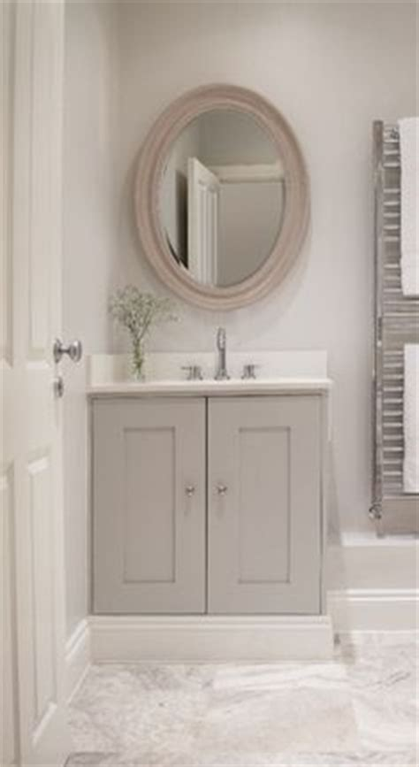 Baseboard Around Bathroom Vanity 1000 Ideas About Powder Rooms On Bathroom