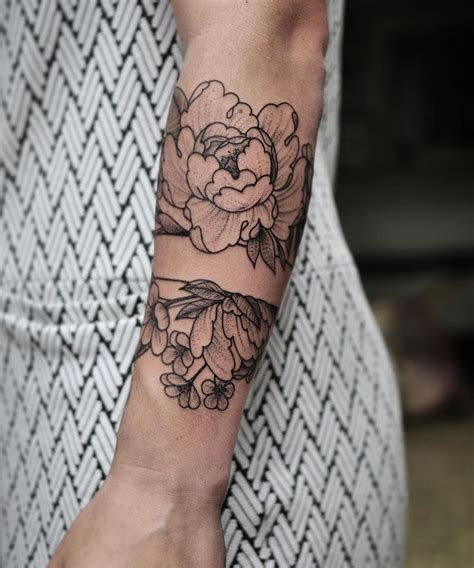 peony wrist tattoo 25 best peonies ideas on flower
