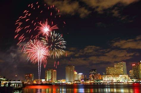 new orleans new years fireworks 2016