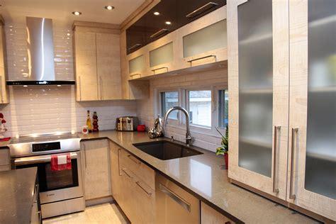 fa軋de de porte de cuisine cuisine moderne polym 232 re et porte structurable hdf
