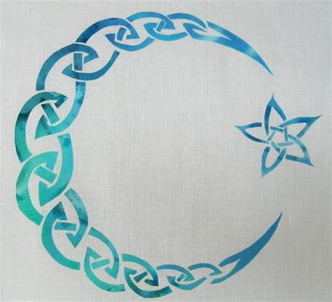 pattern is full meaning easy celtic moon and star knot quilt applique pattern design