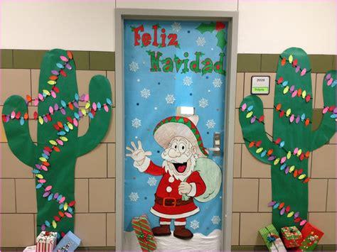 holiday door decorating ideas fun steps office door christmas decorating ideas