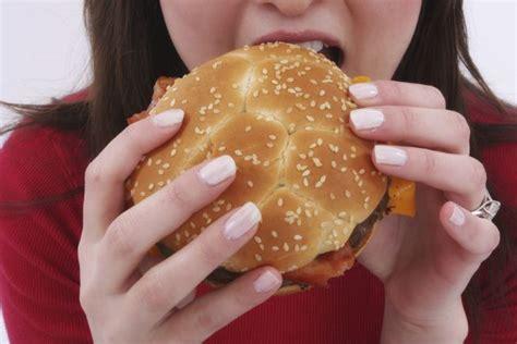 alimentazione anoressia disturbi alimentari come affrontare il natale senza