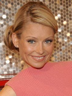 how does kelly ripa get those scrunchy waves in her hair kelly ripa updo and hair for wedding on pinterest