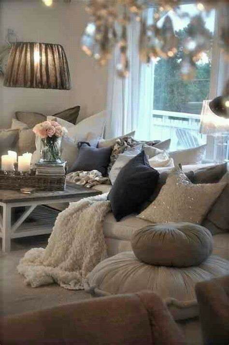 how to make a living room feel cozy how to make your home look more expensive on a dime flower living rooms and cosy living rooms