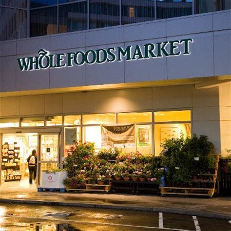 Food Pantry Cambridge Ma by The Signage Of Negative Space Whole Foods Charles River Plaza
