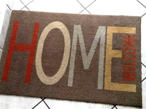 Nettoyer Un Tapis A Poils nettoyer un tapis 192 poils courts sur truc et astuce info