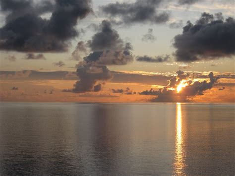 a sea of glass panoramio photo of sunset sea of glass