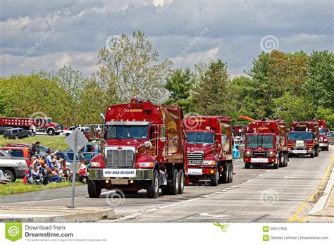 Lancaster Pa Records Mothers Day Truck Convoy In Lancaster Pennsylvania Editorial Stock Image Image 92917934