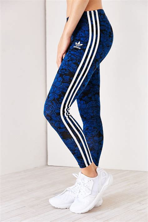 Adidas Flower Fastival Suitshirt Hoodie And Legging Print Compression adidas originals blue floral legging in blue blue multi