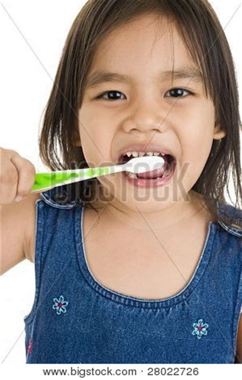 Little Girl Meme Teeth - pin the funniest celebrity memes ever 18 photos on pinterest