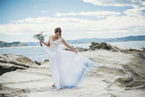 a beach wedding tips on choosing beach wedding dresses for destination