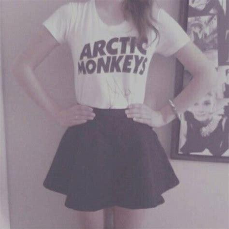 Tshirt Arctic Monkey Black t shirt white black arctic monkeys skirt dress shirt