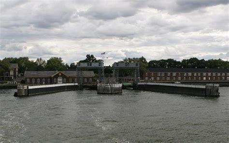 ferry boat slips new york city new york - Boat Slip New York City
