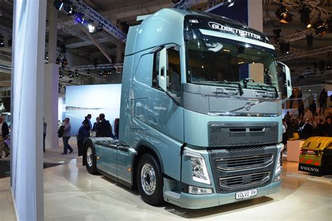 volvo truck pictures free 100 volvo truck pictures free dump truck wikipedia
