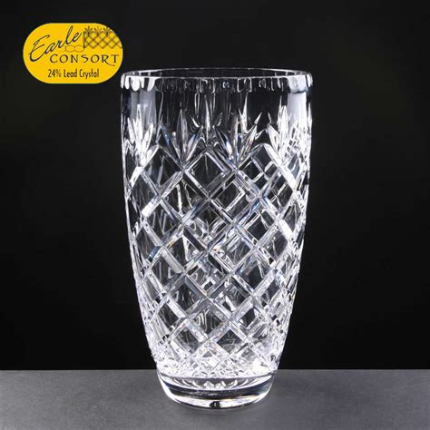 Chrystal Vase by Vase Gravesham Trophy Centre The Glass Engraver