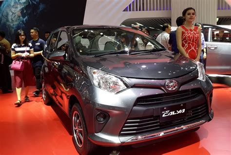 Tv Mobil Sigra ini berbagai alasan konsumen jual calya sigra ke diler mobil bekas okezone news