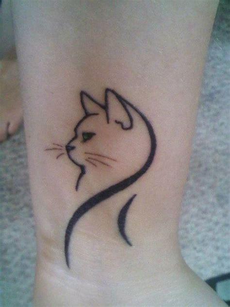 simple underarm tattoo cute minimal cat wrist tattoo possible tattoo design