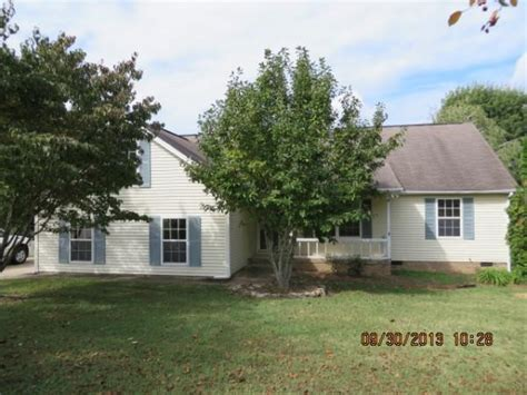 houses for sale in spring hill tn 3581 mahlon moore rd spring hill tn 37174 foreclosed home information foreclosure