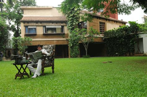 Bollywood Star Homes Interiors Amitabh Bachchan House Show Biz