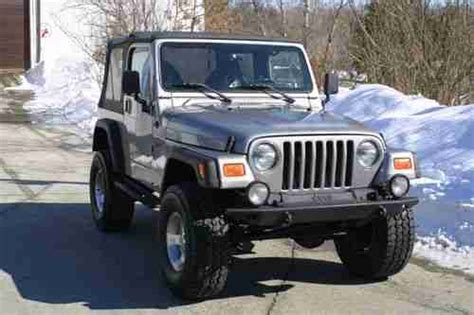 all car manuals free 2000 jeep wrangler user handbook buy used 2000 jeep wrangler sport utility 2 door 4 0l manual lifted soft top 6 cylinder in