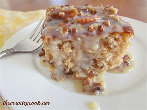 best 25 pecan praline cake ideas on praline cake pecan desserts and butter pecan
